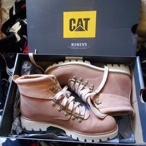 Women CAT boots